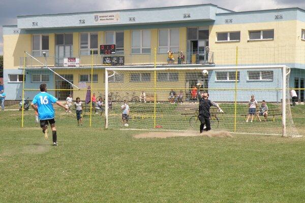 Slovan Bolešov, najstarší klub v regióne Považská Bystrica.