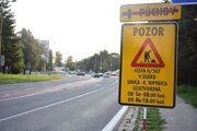 Pozor na dopravné značenie.
