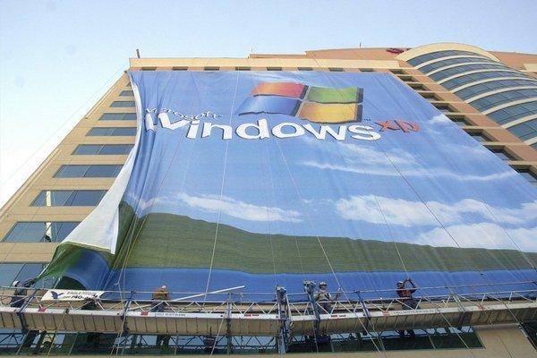 Množstvo slovenských štátnych počítačov beží na Windows XP.