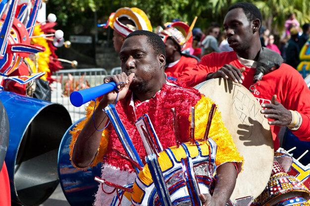Oslavy Junkanoo na Bahamách