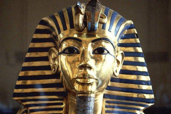 Známa maska Tutanchamóna.