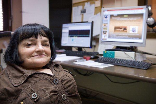 RNDr. Svatava Kašparová, PhD. pôsobí na Oddelení NMR a hmotnostnej spektrometrie Fakulty chemickej a potravinárskej technológie STU. Venuje sa skúmaniu mozgu na potkaních modeloch, pomocou magnetickej rezonancie napríklad hľadá spôsoby na diagnost
