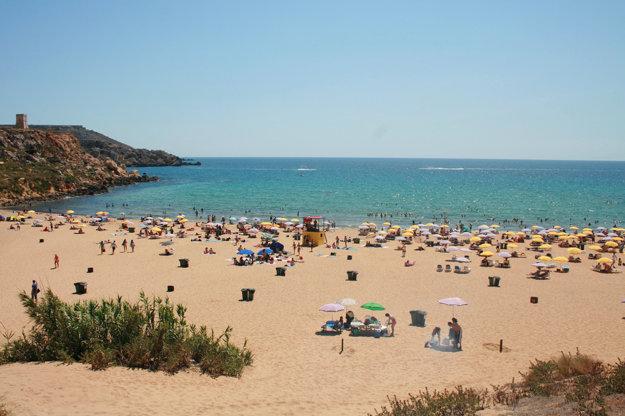 Golden bay je najpopulárnejšia pláž na Malte.