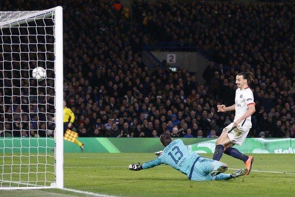 Číňania by vraj chceli zlákať aj kanoniera Zlatana Ibrahimoviča.