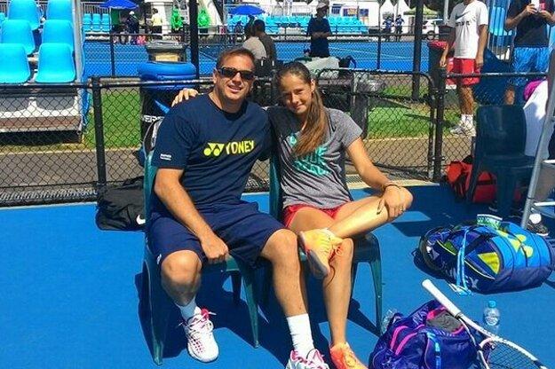 Tréner Vladimír Pláteník so svojou zverenkou Dariou Kasatkinovou.
