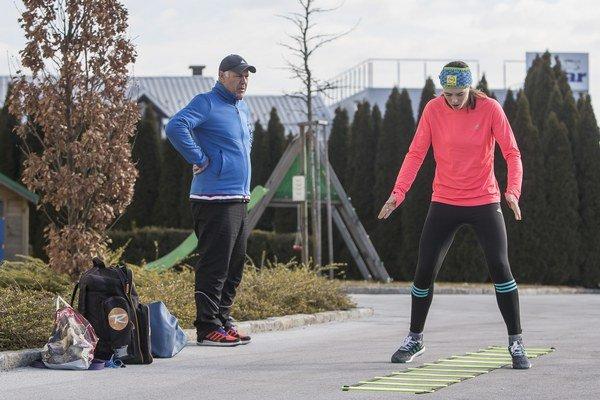 Petra Vlhová sa pripravuje na preteky Svetového pohára v Maribore.