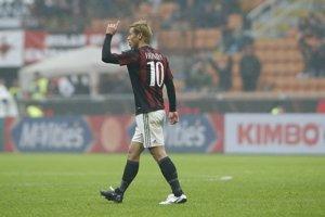Keisuke Honda v drese AC Miláno.