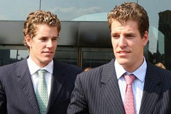 Bratia Tyler a Cameron Winklevossovci bojujú proti Facebooku od roku 2004.