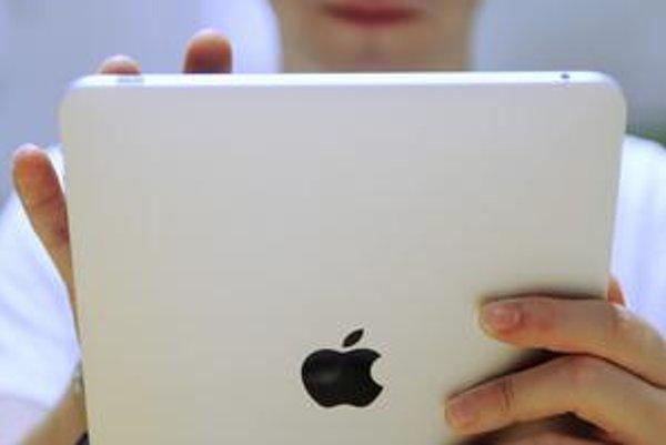 Kto chce lacnejší iPad, mal by sa popozerať po amerických bazároch.