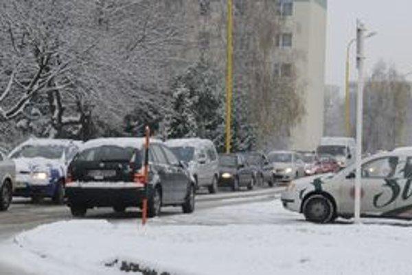 Sviatočná pohoda na cestách nezávisí iba od počasia, ale tiež od prípravy a výberu vhodného času na cestu.