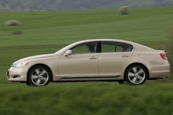 Japonská značka Lexus sa dlhodobo pohybuje na prvých miestach v prieskumoch spokojnosti zákazníkov. Nedávno získala najvyššie ocenenie za servisné služby.