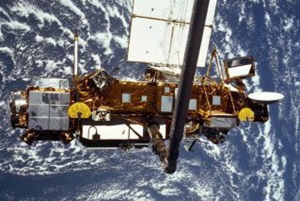 Satelit krúžil nad Zemou 20 rokov.