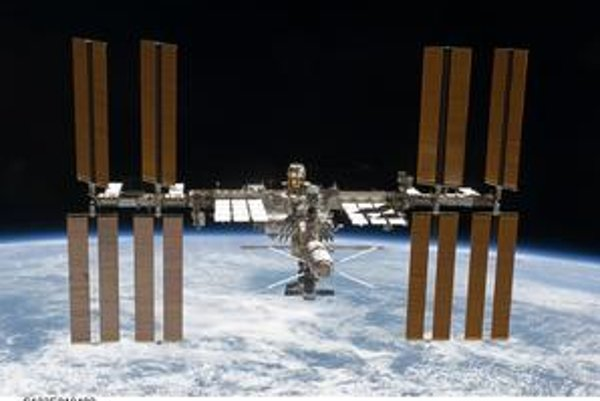Viac súkromníkov by chcelo zásobovať Medzinárodnú vesmírnu stanicu.