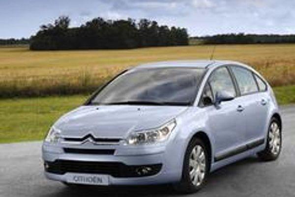 Citroen pred rokom uviedol koncept hybridného vozidla s naftovým motorom. Do sériovej podoby sa však skôr dostal  motor  schopný spaľovať benzín a aj biopalivo..