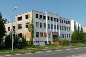 Niekdajšia detská nemocnica vedľa gymnázia.