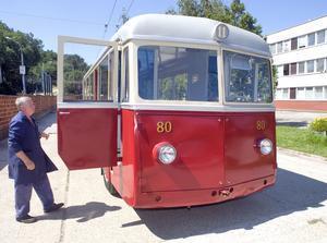autobus-r954_res.jpg