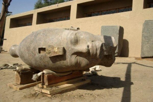 Novoobjavená hlava Amenhotepa III.