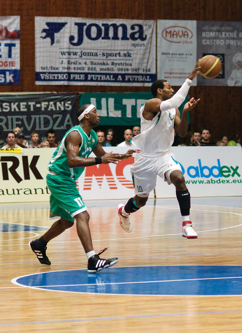 basketbal_derby_94_4.jpg