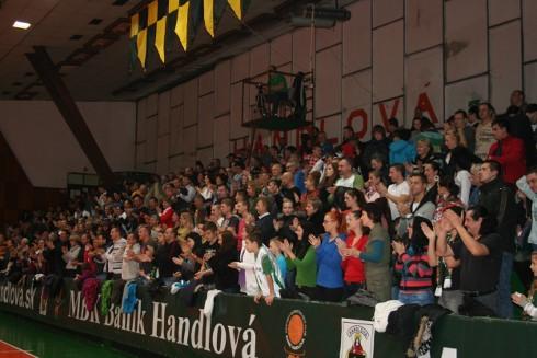 handlova_70_rokov_basketbalu_potlesk.jpg