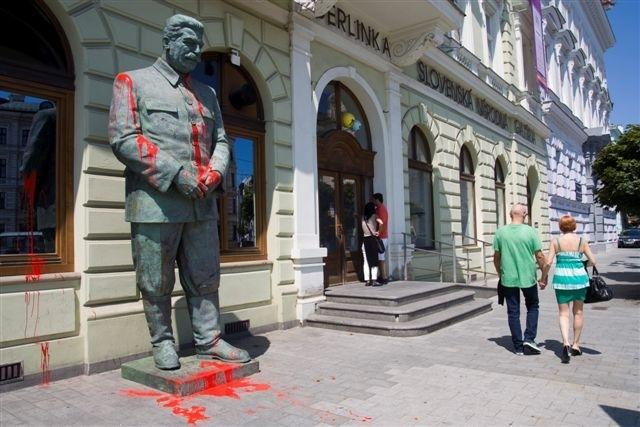 stalin_sng.jpg