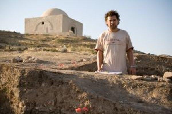 Drahoslav Hulínek v Tell Fecheriye, kde zrejme stálo hlavné mesto ríše Mitanni.