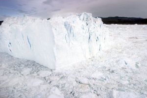 Ľadovec v Ilulissati sa zmenšuje.