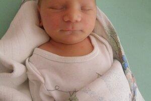 Matúš Kobela (3150 g a 50 cm) sa narodil 17. augusta Martine a Petrovi z Beluše.