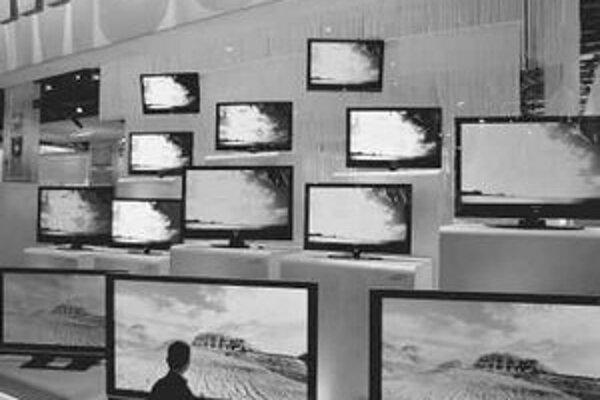 Televízory nás prerastajú, prispôsobiť sa tomu budú musieť aj filmári.