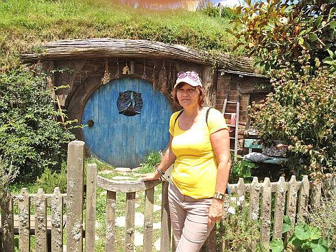 hobbitonweb_r3791.jpg