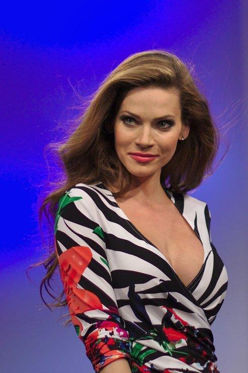andrea_veresova-wikipedia_r8908_res.jpg