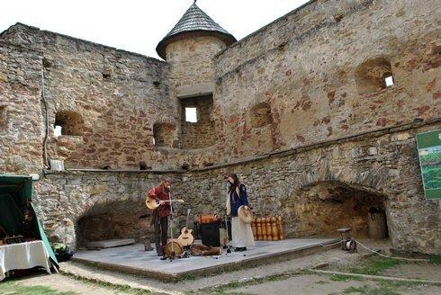 luko-hrad-5-rin_r5964_res.jpg