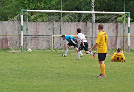 ochodničania, napriek výhre 4:0, nevyužili viacero šancí. gólom neskončila ani táto.