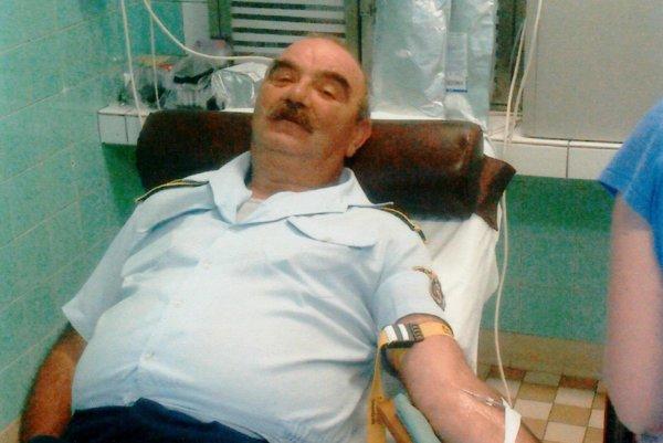 Ľudvik Pipíška je držiteľom Kňazovického plakety za darovanie krvi.