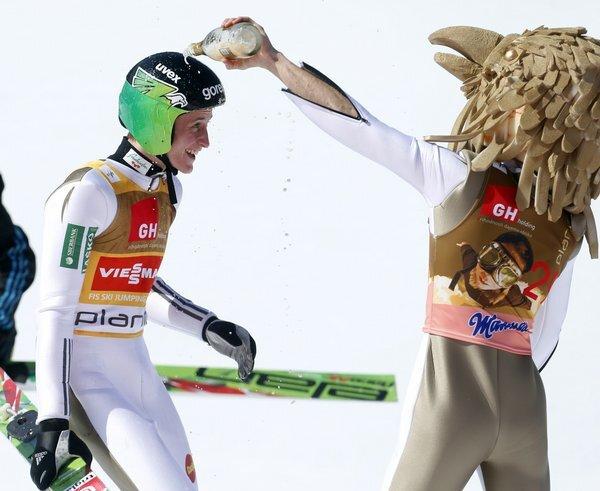 slovenia_ski_jumping-6080541f6e2246b7bee_r6044_res.jpeg