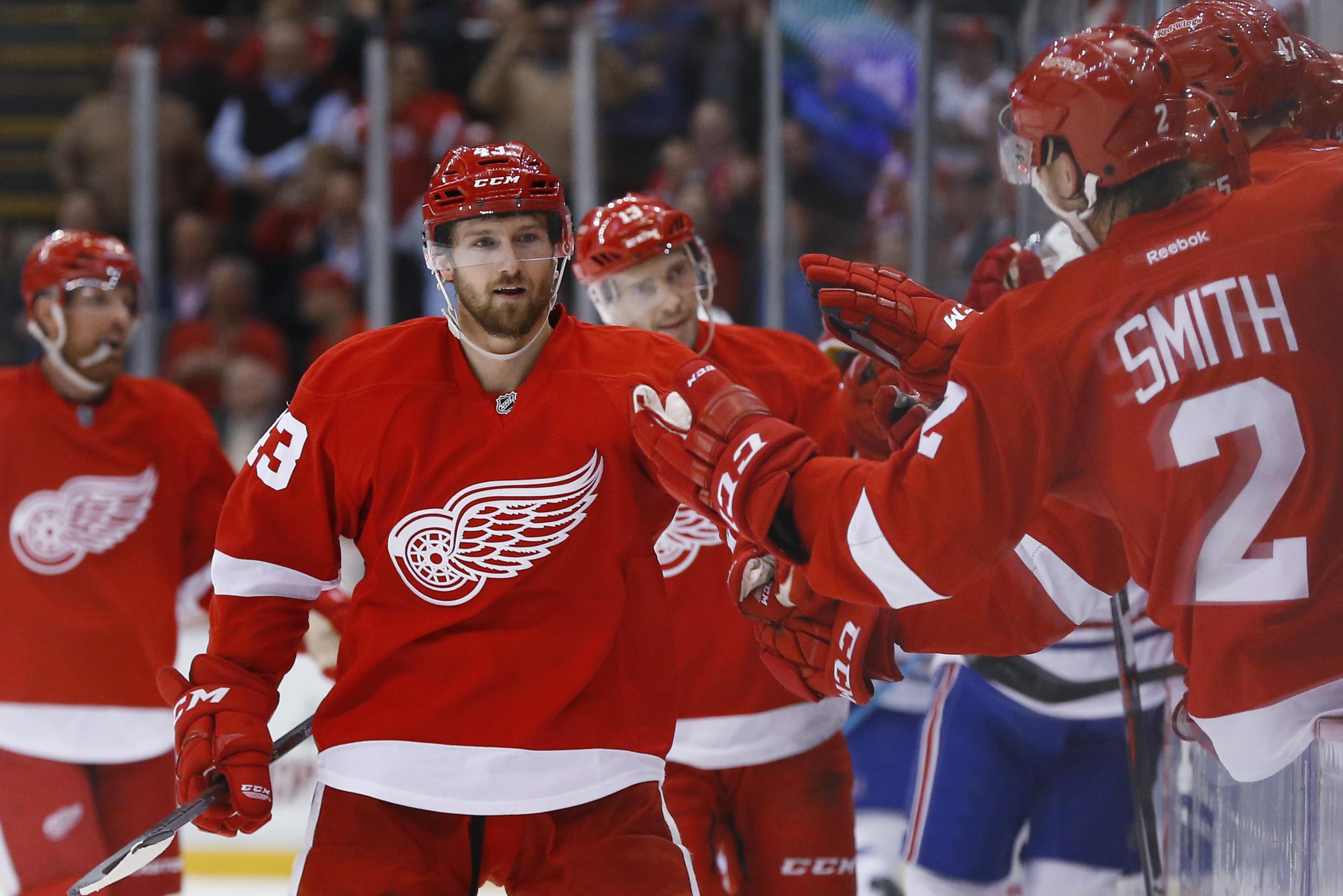 canadiens_red_wings_hockey-dc63e2ae2f874_r338.jpeg
