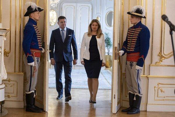Prezidentka Čaputová na utorňajšom stretnutí s ministrom životného prostredia Lászlóm Sólymosom.