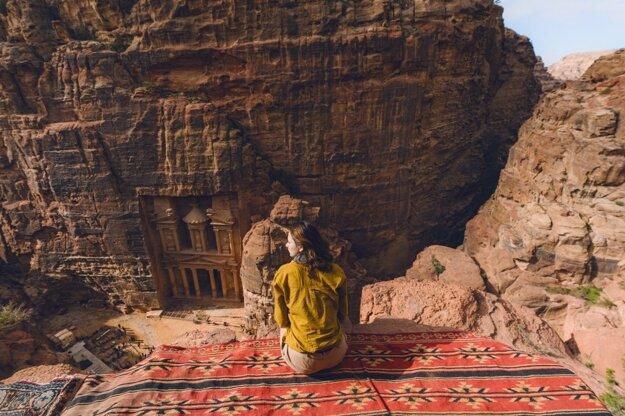 Pokladnica v meste Petra