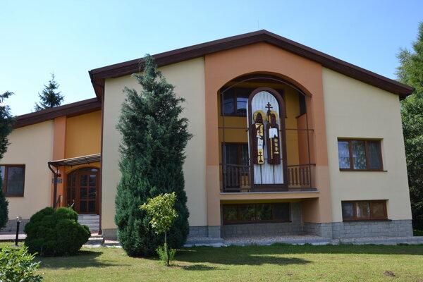 Farský úrad v Kapušanoch navštívil zlodej.