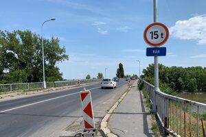 Vážsky most v Komárne.