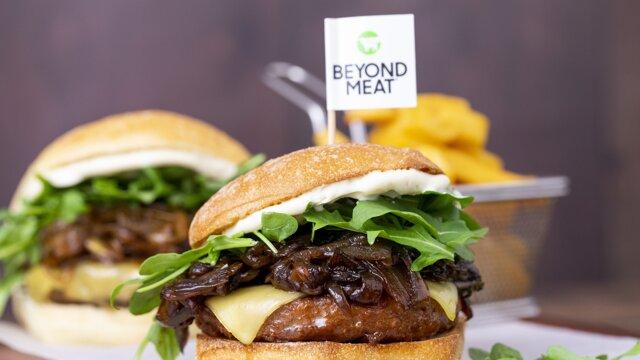 Rastlinná náhrada mäsa má vzhľad i chuť ako jeho živočíšna inšpirácia.