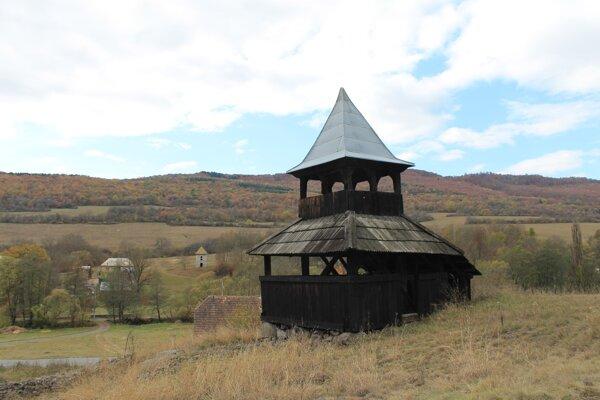 Zvonička v Hornom Tisovníku.