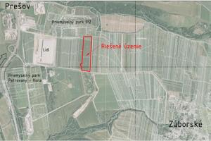 Lokalita určená na výstavbu sa nachádza južne od priemyselnej zóny IPZ v katastri obce Záborské v časti Nad mlynom.