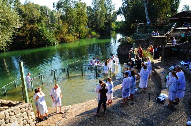 V rieke Jordán sa môžete dať pokrstiť