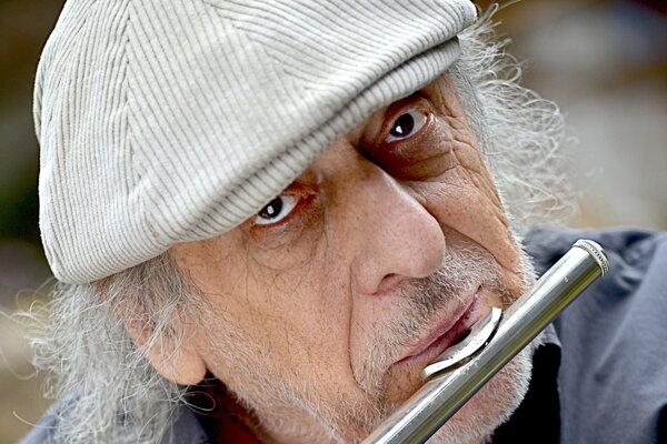Jiří Stivín predvedie na jazzovom lístí svoju hudobnú genialitu.