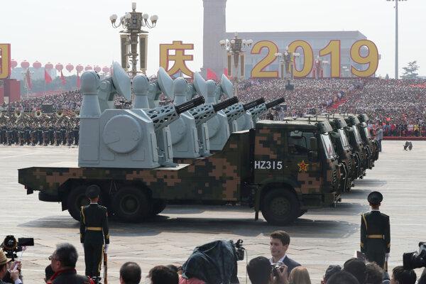 Vojenská prehliadka v Číne.