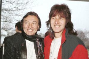 Karel Gott a Pavol Habera pred spoločným koncertom v Bratislave v roku 1996.