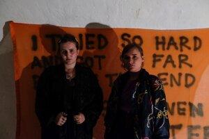 Mladé umelkyne chcú potvrdiť, že život je prirodzene nepokojný