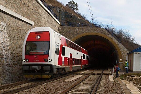 Tímy zo Žilinskej univerzity budú participovať na projektoch zameraných na železničnú dopravu.