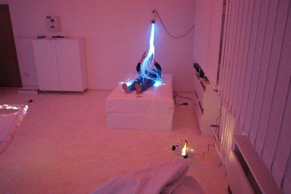 Metóda Snoezelen sa robí pomocou svetelných a zvukových prvkov