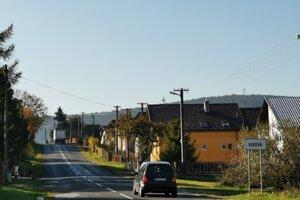 Vjazd do obce Vlková v smere od Vrbova.